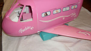 Barbie Glamour Jet
