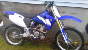 02 yz250f has ownership and green plated