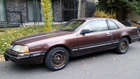 1988 Ford Thunderbird Coupe (2 door)