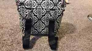 Petunia Pickle Bottom Boxy diaper bag 'frolicking in fez' Kitchener / Waterloo Kitchener Area image 1