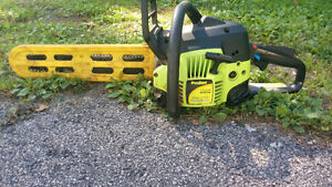 Gas powered 16 inch chainsaw