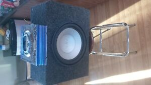 1200watt Infinty sub and 720 watt amp asking $300bo or Trades