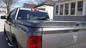Dodge ram tonneau cover from 09 to 14 London Ontario image 2