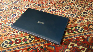 """Mint 13.3"""" Acer Laptop with nVidia Graphics"""