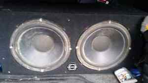 """Kenwood 750W amp and 2 10"""" 1980's Kicker competition subs in box Peterborough Peterborough Area image 2"""