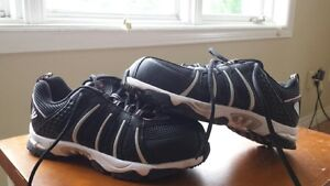 Steel Toe work Boots/Sneakers - Size 6 - Never worn