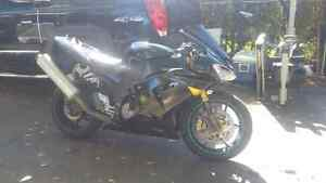 2005 ZX10R  $3800 or best offer !