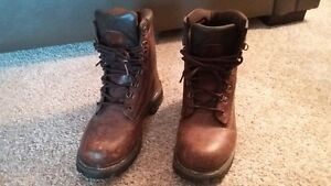 WINDRIVER STEEL TOED BOOTS