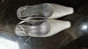 Nine West White Wedding Shoes Size 6