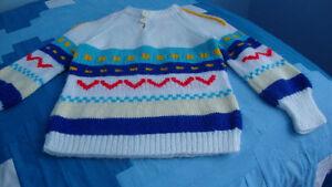 Chandail de laine tricoté à la main pour fille ou garçon