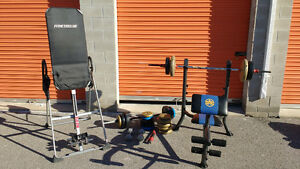 **Bundle Pack** Bench press with weights and conversion table.