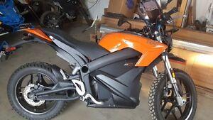 moto électrique ZERO DS ZF 13.0