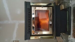 Wood Pellet Stove with Exhaust piping