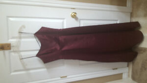 Burgundy dress size 7/8