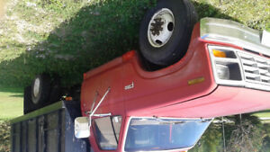 1985 Ford F-350 One ton  Truck with hoist