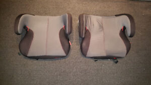 Pair of Diono carseats