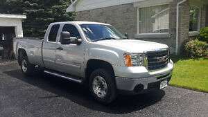 2010 GMC Sierra 2500HD 4X4 Long Box Extended Cab Truck
