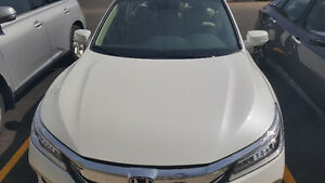 2016 Honda Touring - $235 BW incl taxes ( LEASE TAKEOVER)