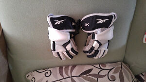 Lacrosse gloves- Reebok youth