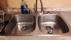 Kitchen Sink and faucet for sale