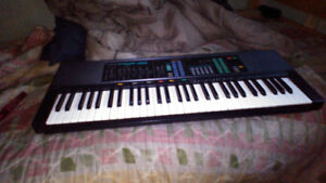 Yamaha PRS-36 Digital/Synthesizer/Elecric keyboard