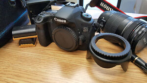 Canon EOS 60D Professional Camera kit - GREAT PRICE!