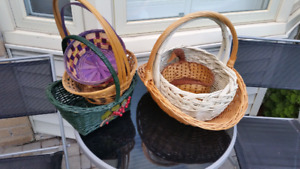 6 new baskets for sale