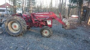 IH tractor with loader