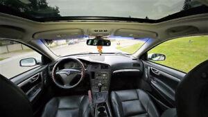 2004 Volvo S60 T5 Sedan ***Fully Loaded**