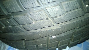 SET OF PRACTICALLY NEW 215/60 R17 YOKOHAMA ICE GUARD SNOW TIRES Kitchener / Waterloo Kitchener Area image 1