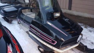 2 SLEDS AND CLAMSHELL TRAILER..ANTIQUE