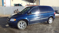 06 Caravan - auto - 4dr - LOADED - MAGS - DVD - ONLY 117,000KMS