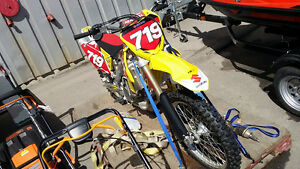 2013 SUZUKI RM-Z450 Dirt Bike used only 7 times!
