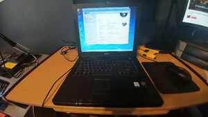 Dell inspirion 2200 laptop