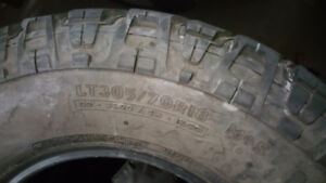 Mickey Thompson LT305/70R18 tires