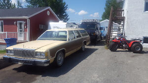 Ford Country Squire 1979 ( LTD colony park )