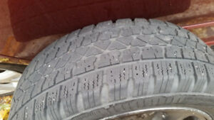 4 winter tires with rims, pneus d'hiver avec mags, 205/55R16