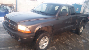 2003 Dodge Dakota Club Cab 4X4 Good condition