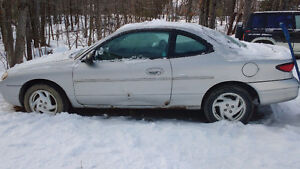 2000 Ford Escort ZX2 Bicorps