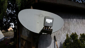 Shaw Direct 60cm Satellite Dish & Quad LNB