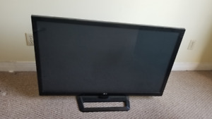 42 inch TV for Sale