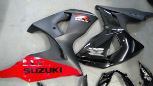suzuki gsxr1000 2012-2015 pieces d'ésthetique sans dommage.