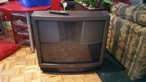 Télé Toshiba 32 po cathodique
