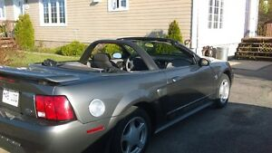 2004 Ford Mustang tissus Cabriolet