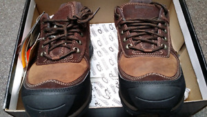 DAKOTA SIZE 11 WIDE WORK SAFETY SHOES, BOOTS NEW!