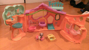 Littlest Pet Shop Clubhouse LPS Tree House + 484