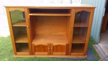 Polished Colonial Oak Cabinet