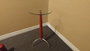 Belle table art déco moderne de verre, bois et métal
