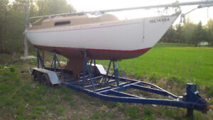 Viking 28 Sailboat with trailer