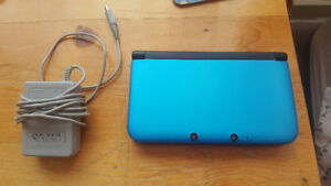Nintendo 3DS XL (with Animal Crossing New Leaf)